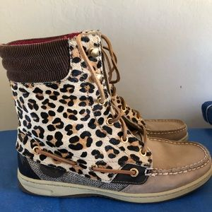 Sperry Topsider hair on boots